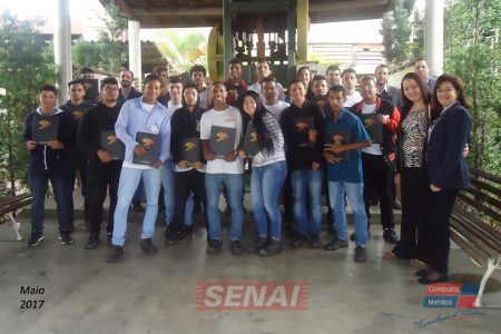 Grupo recebe estudantes do SENAI Osasco em suas instalações
