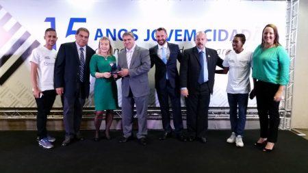 Combustol & Metalpó foi homenageada no evento de comemoração dos 15 anos do programa Jovem Cidadão
